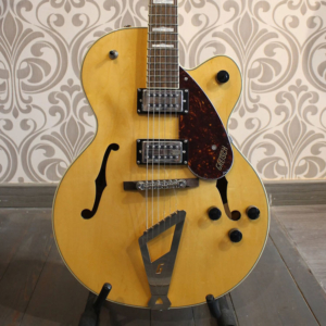 Guitarra Electrica Gretsch G2420 Village Amber